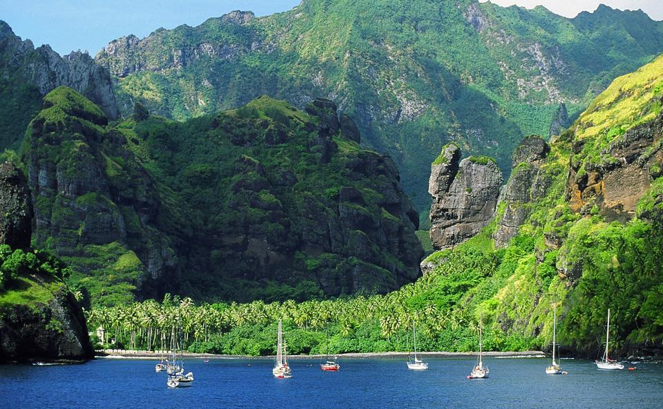 Marquesas - Bay of Virgins